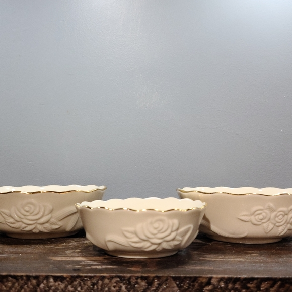 🌵Set of 3 Lenox Rose Bowls